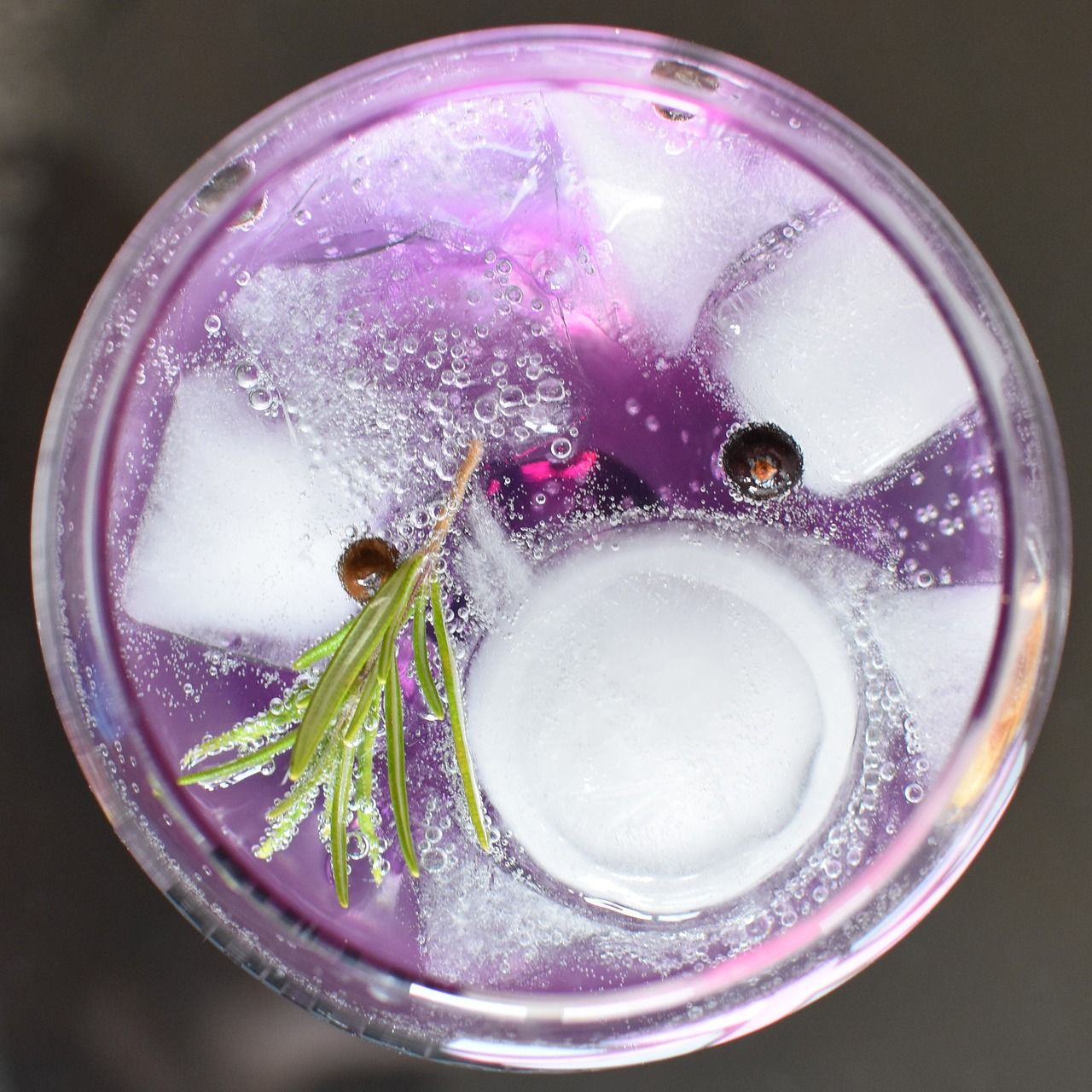 gin tonic, alcohol, glass